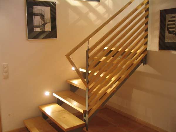 BUcherregal Metall Und Holz ~   Geländer, Haustüren, zimmertuertüren, Küchen und Möbel aus Holz